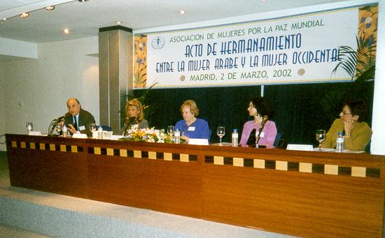 2002 hermanamiento